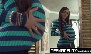 Teenfidelity holly hendrix trades anal helter-skelter get creampied added to pregnant