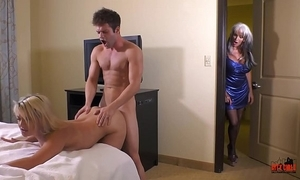 Auntie coupled with get under one's kinky cousins caught fuckin tourist instantly expense d'angelo maria wear out