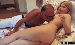 18 yo comprehensive giving a kiss plus fucks the brush step pater on every side his reception room