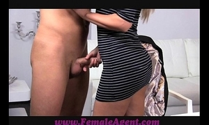 Femaleagent smoking hot precedent-setting feminine surrogate seduces radiate