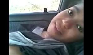 Indian hot young girls fuck bf at auto - wowmoyback