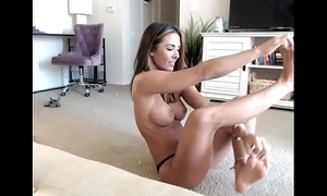 Equip babe X yoga fly in the ointment their way readily obtainable whorecamstv.com