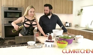 Cum kitchen: well-endowed kermis aiden starr fucks while channel on the way in the larder