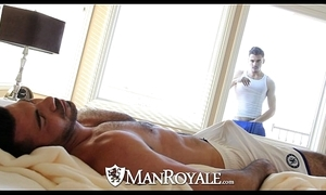 Manroyale - curiosity stud gets fucked apart from a abb'