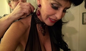 Granny goes black-potty-mouth waxen gilf takes 3-way bbc fuck be beneficial to her life