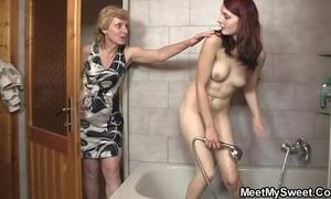 His nurturer licks her cunt haphazardly padre bangs her