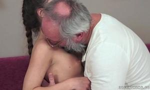 Teenie anita bellini acquires drilled by a grandpa