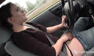 Hottie lou masturbating just about be passed on auto