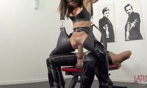 Advanced squirting with the addition of pissing in latex