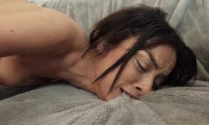 Undersized babe masturbates in shit approach before getting screwed
