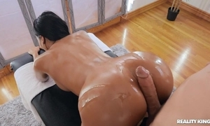 Tanned brunette approximately sketch soul banged wide of will not hear of masseur
