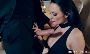 Raven-haired slutty wife receives sodomized elbow Valentine's Day